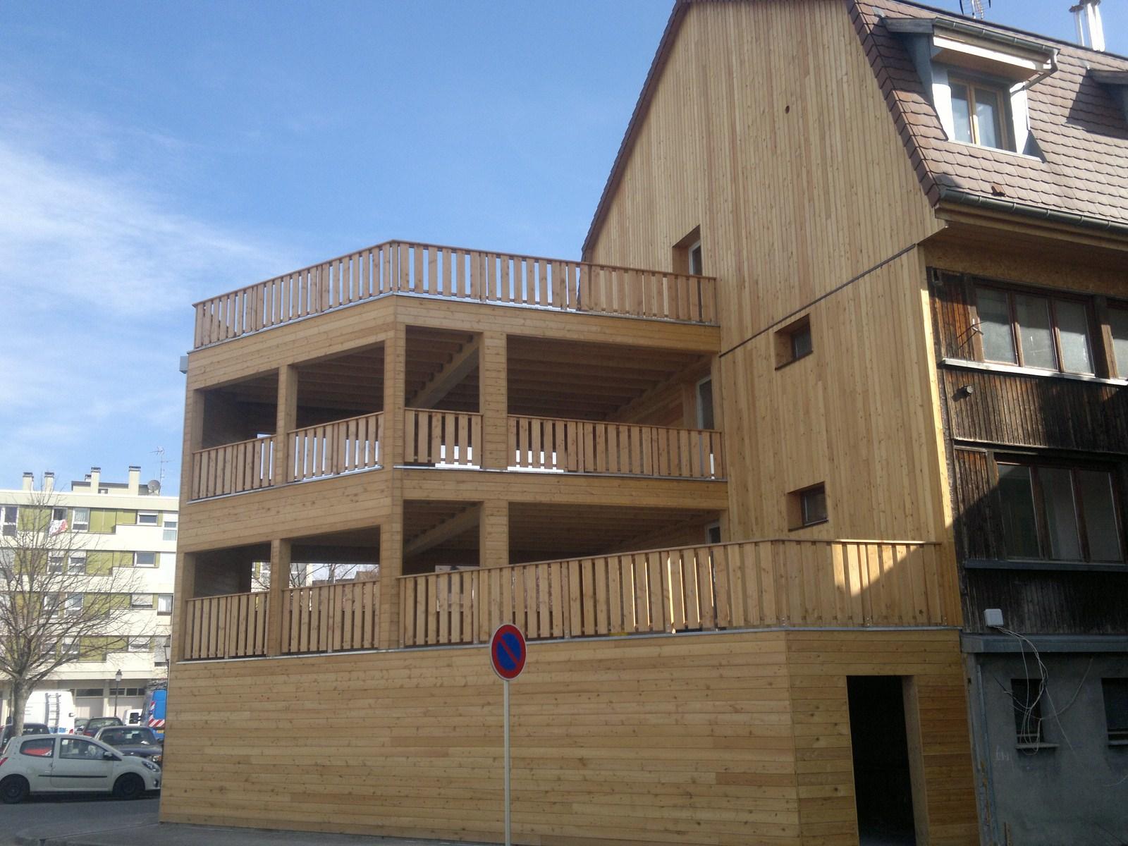terrasses suspendues 1 abt construction bois. Black Bedroom Furniture Sets. Home Design Ideas