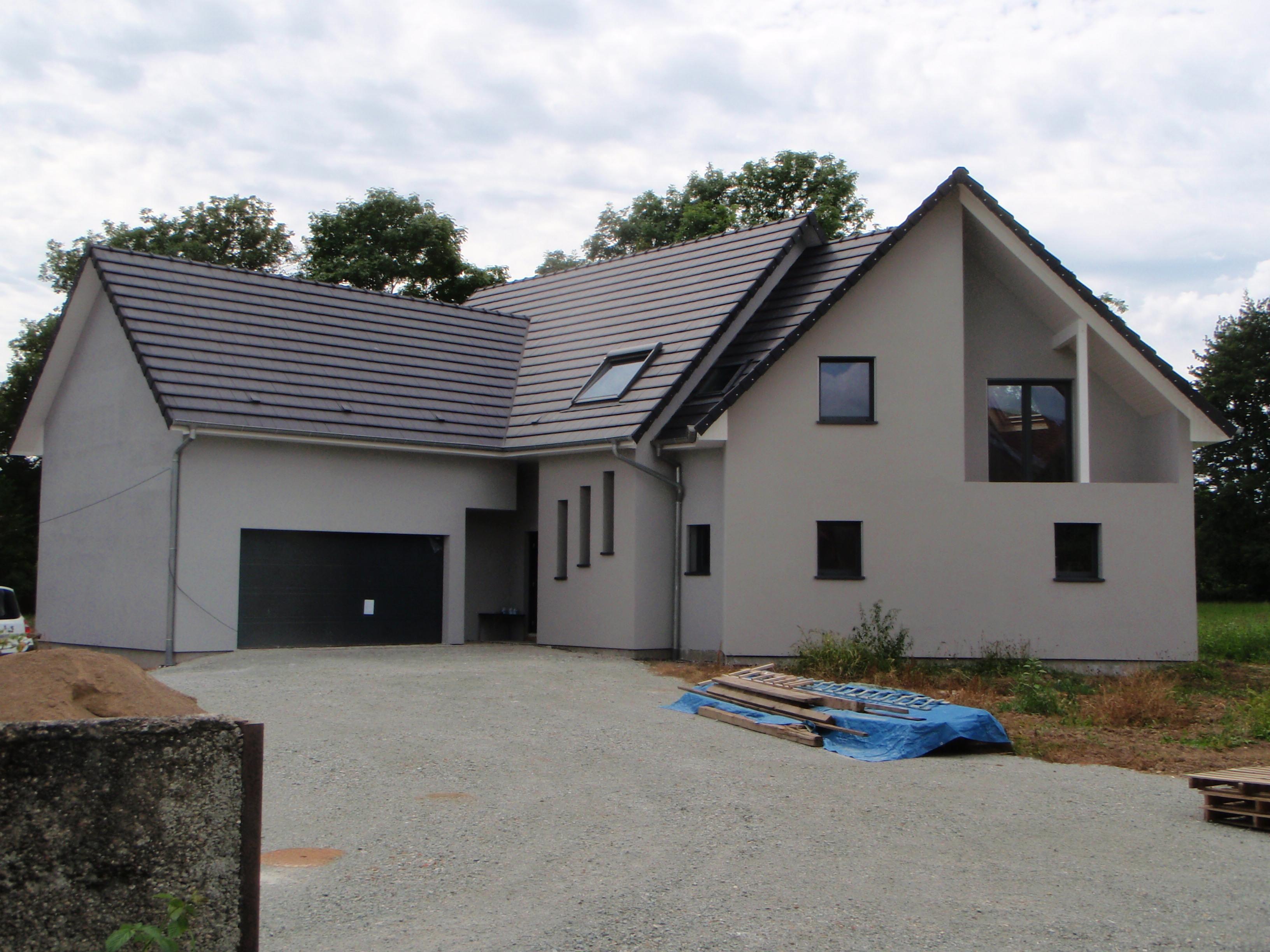 maison en ossature bois avec balcon abt construction bois. Black Bedroom Furniture Sets. Home Design Ideas