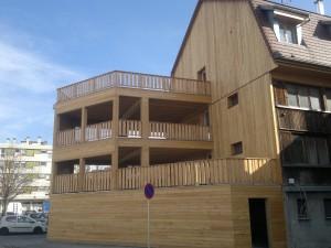 Terrasse sur trois étages entièrement en bois