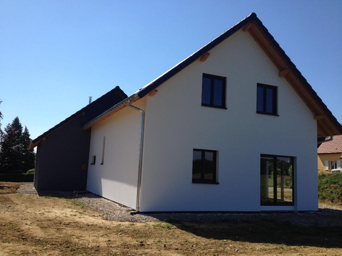 Maison deux pans en ossature bois abt construction bois - Faire un chien assis toiture ...