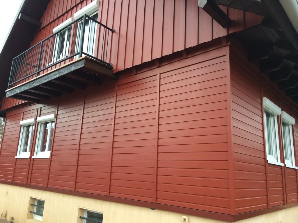 Après la réalisation du bardage en bois. Maison en ossature bois