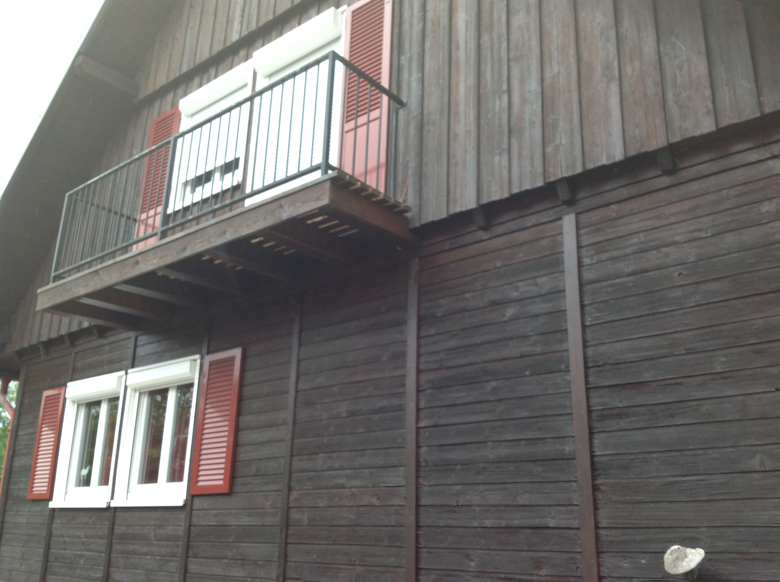 bardage en bois horizontal et vertical abt construction bois. Black Bedroom Furniture Sets. Home Design Ideas