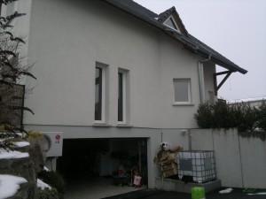 Photo de la maison avant la construction d'une extension en bois